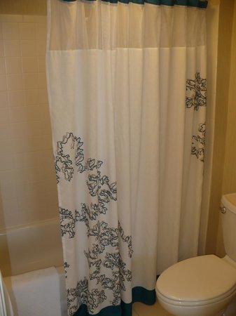 Residence Inn Arlington Pentagon City: Bathroom in Bedroom 1
