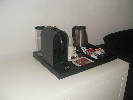 NH Collection Villa de Bilbao: cafetera