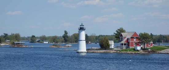 Gananoque, Canada: Thousand Islands - views from boat trip