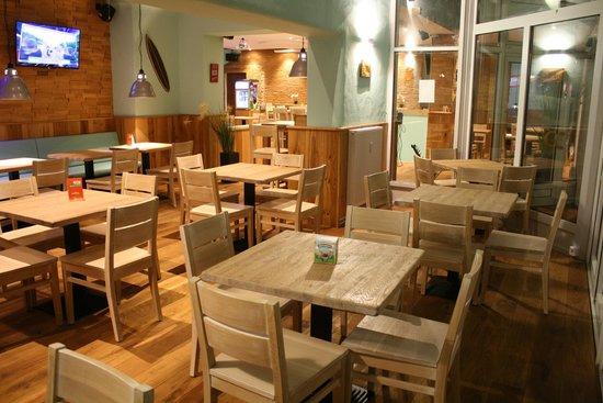 wintergarten picture of chillers bar restaurant. Black Bedroom Furniture Sets. Home Design Ideas