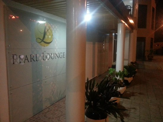 Sea Spray Boutique Hotel: legend hotel lounge -Kigali-