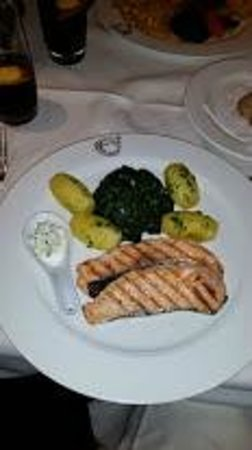 Hotel Glockenhof: Repas à l'hôtel restaurant