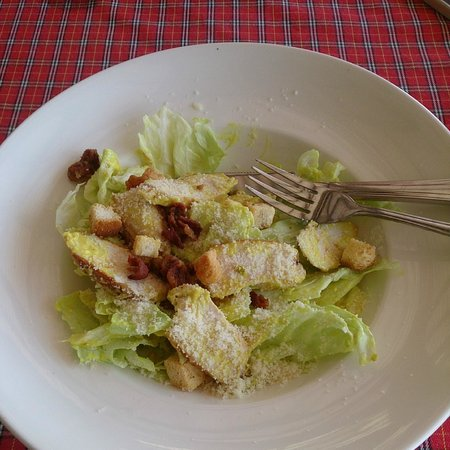 Golden Bay Cottages: Ceasar salad