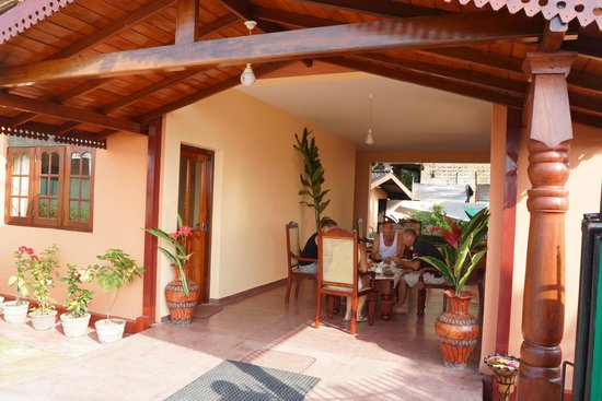 Hotel Dhammika: Eingangsbereich - Lobby