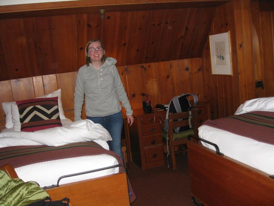 Timberline Lodge: single bed