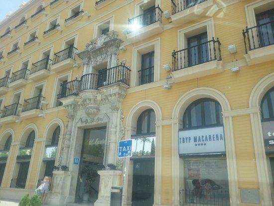 Hotel Sevilla Macarena : Hotel