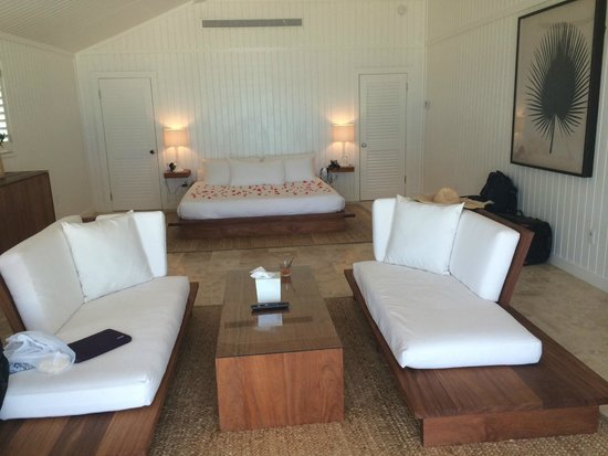 The Cove Eleuthera: Low furniture - mind your shins!