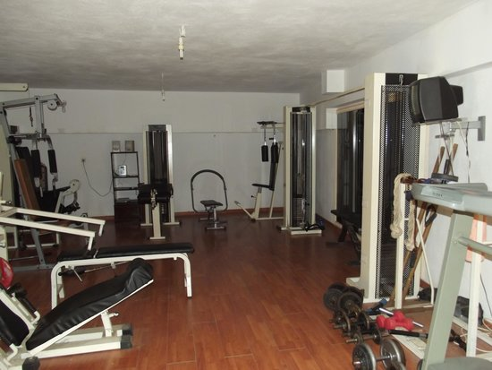 El Greco Apartments: On site gym