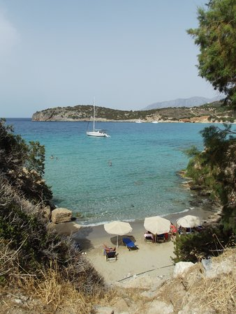 El Greco Apartments: One of the beaches!