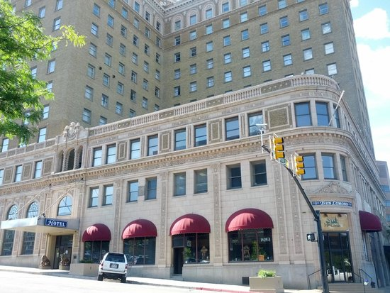 Bigelow Hotel and Residences, an Ascend Hotel Collection Member : The beautiful historic Ben Lomond Hotel