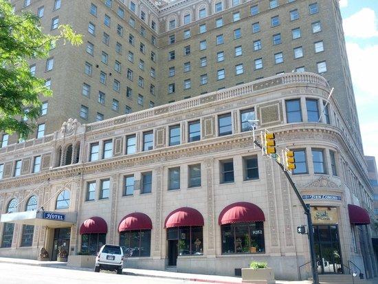 Ben Lomond Suites Historic Hotel, an Ascend Collection Hotel: The beautiful historic Ben Lomond Hotel