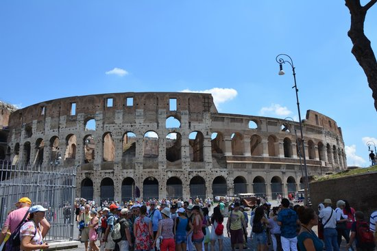 Rome Driving Tours: The Colosseum, Rome