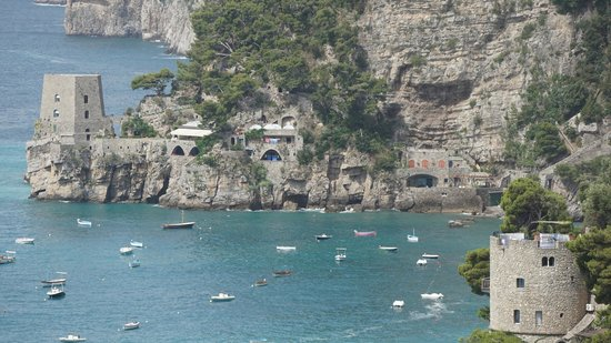 Hotel Pupetto: hotel is situated in the bay between the towers