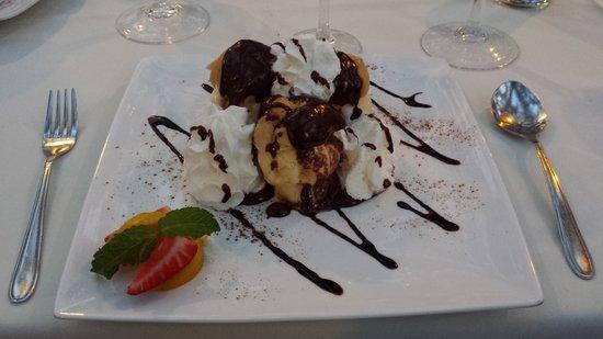 Restaurant Mr. Freddie's : Profiteroles