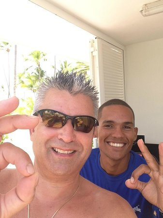 Hotel Riu Palace Bavaro: Me and Moises at the Scuba Caribe office by the main pool