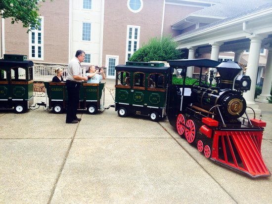 The Ritz-Carlton Reynolds, Lake Oconee: Train at the Ritz for kids