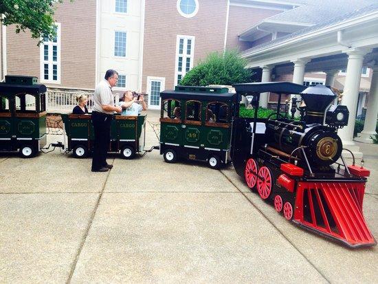 The Ritz-Carlton Reynolds, Lake Oconee: Train at the Ritz for kids