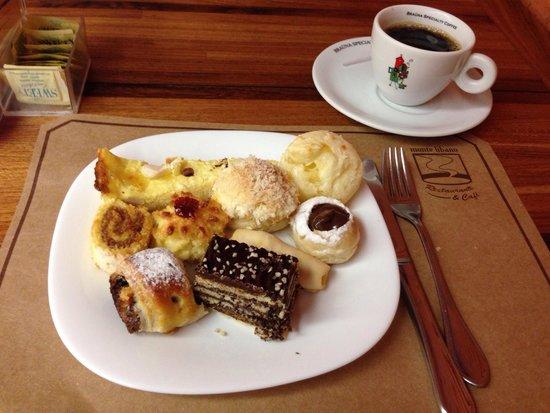 Monte Libano : Café da Manhã