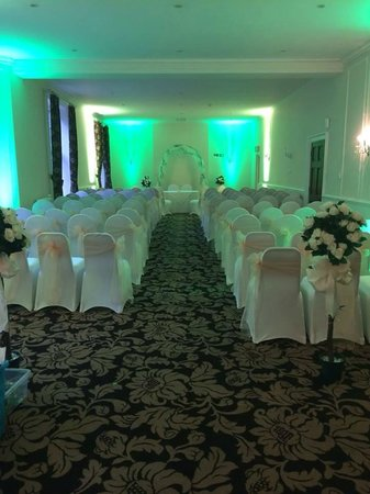 The Southcrest Manor Hotel: Auxerre Suite for Civil Ceremony