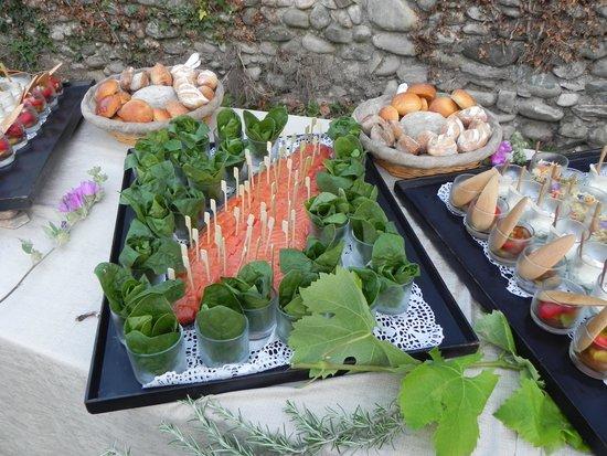 La Bonne Etape: buffet du 21 juin 2014