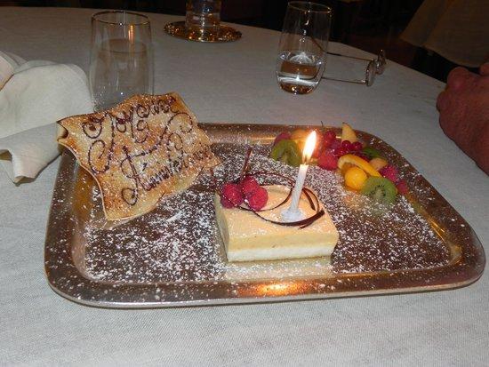 La Bonne Etape: gâteau d'anniversaire