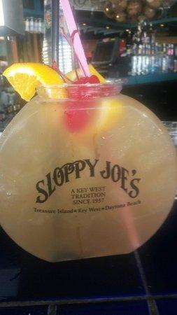 Sloppy Joe's Treasure Island: Long Island Ice Tea fish bowl