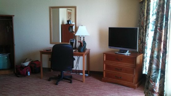 Quality Hotel On the Beach: oceanfront room
