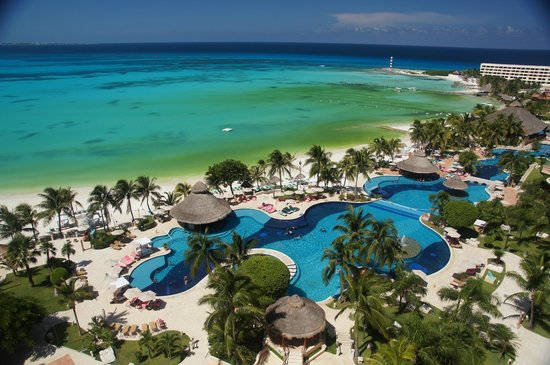 Grand Fiesta Americana Coral Beach Cancun: Pool from Hotel Room