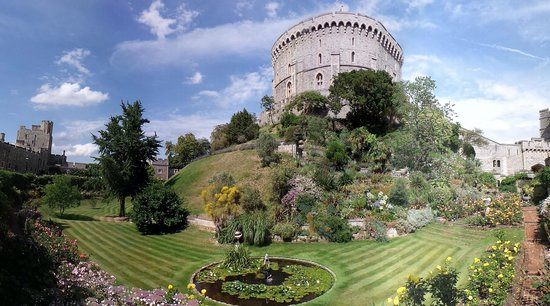 Macdonald Windsor Hotel : Windsor castle - star attraction