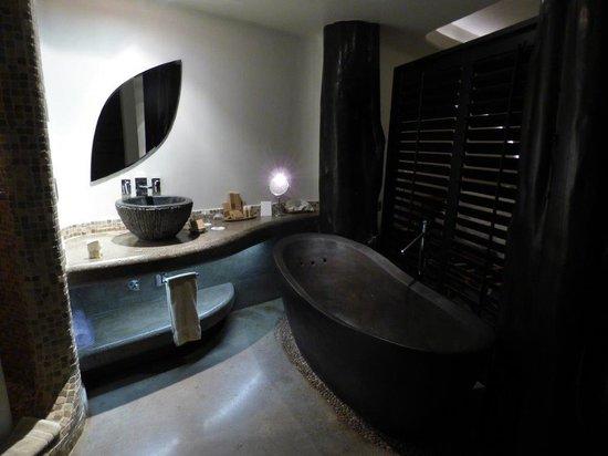 Hotel Hangaroa Eco Village & Spa: bath