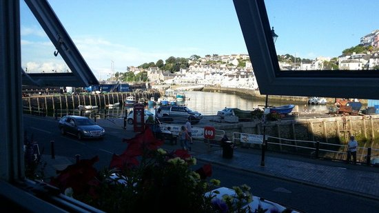 Brixham Fish Takeaway & Restaurant: View from the front windows table