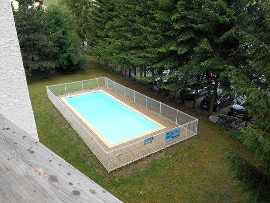 Résidence L'Edelweiss : la piscine