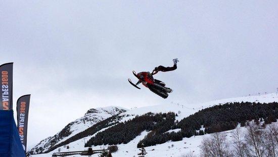 Les Deux Alpes : On slope entertainment