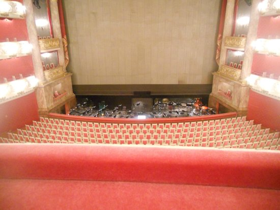 Bayerische Staatsoper: National Theater: view from the Royal Box