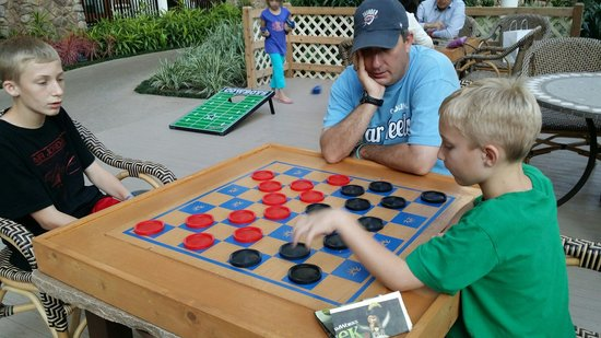 Gaylord Texan Resort & Convention Center: Checkers gets serious at the Gaylord lol