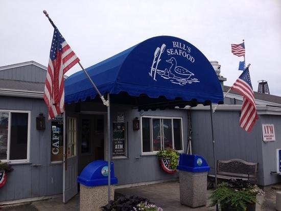 Bill's Seafood Restaurant: front entrance