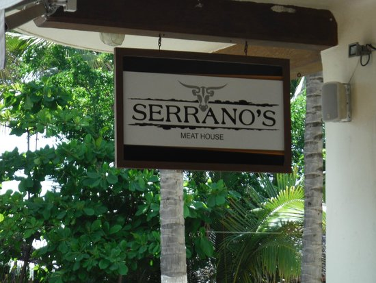 Serrano's Meat House: Great place