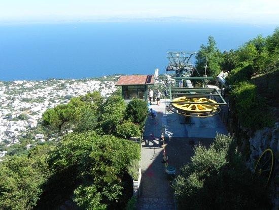Mount Solaro: Bergstation