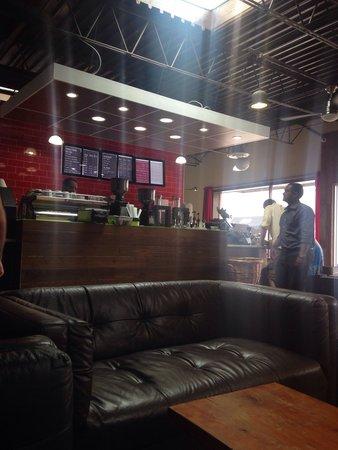 Kaldi's Coffee Bar: Decor