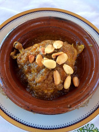 Restaurant Nejjarine : Chicken and almond tagine