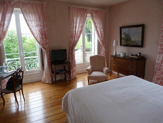 Chateau Ormes de Pez : Room at Les Ormes de Pez