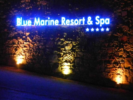 Blue Marine Resort & Spa: insegna