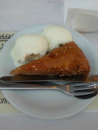Athina : Baklava with ice cream