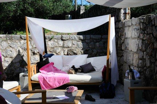 Villa Ruza Old City Bistro: Our lounge retreat