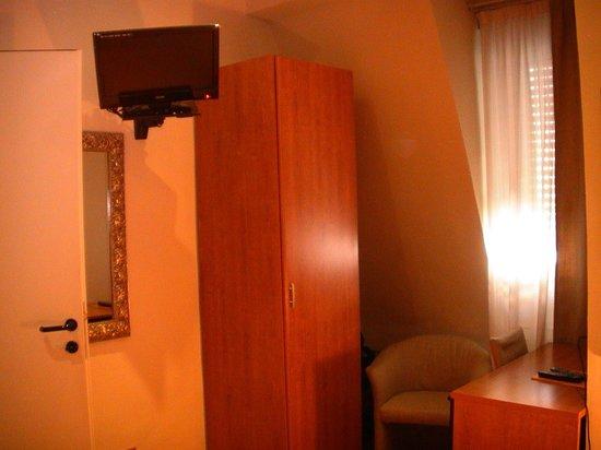Hotel Bernina: номер