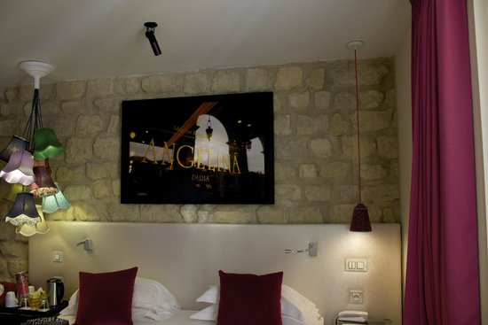 Hotel Atmospheres: Photograph