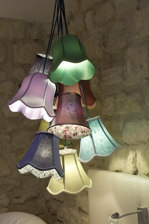 Hotel Atmospheres : eclectic lampshade light