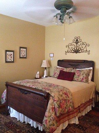 Brickhouse Inn Bed & Breakfast : Delaware Room