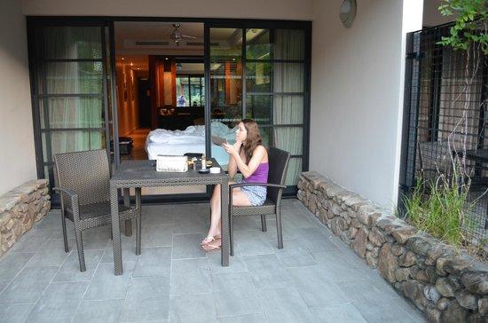 Manava Suite Resort Tahiti : outside our room
