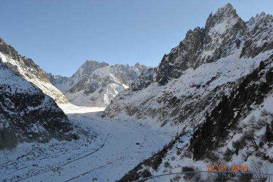 Montenvers Train - La Mer de Glace: Ледник.